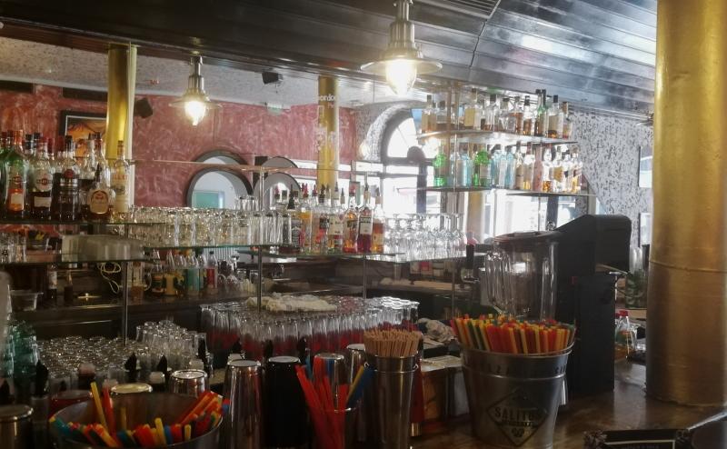 Aus der Cockatilbar in Ben's Burgerbar kommen die besten Drinks in Heidelberg.