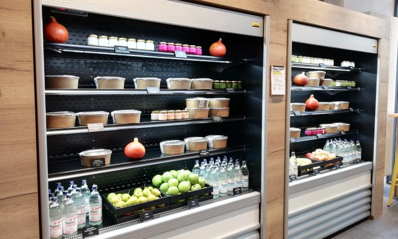 Frischemacher Foodstore Heidelberg: Bowls- und Saladbar ganz einfach zur Selbstbedienung.